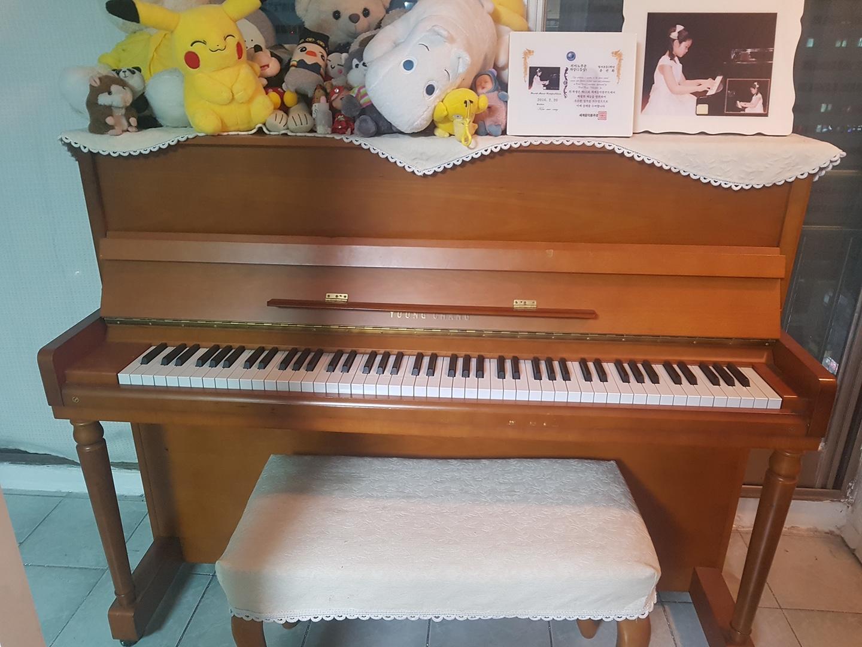 영창 피아노입니다  구매시 2백,  판매금액 35만원 판매합니다