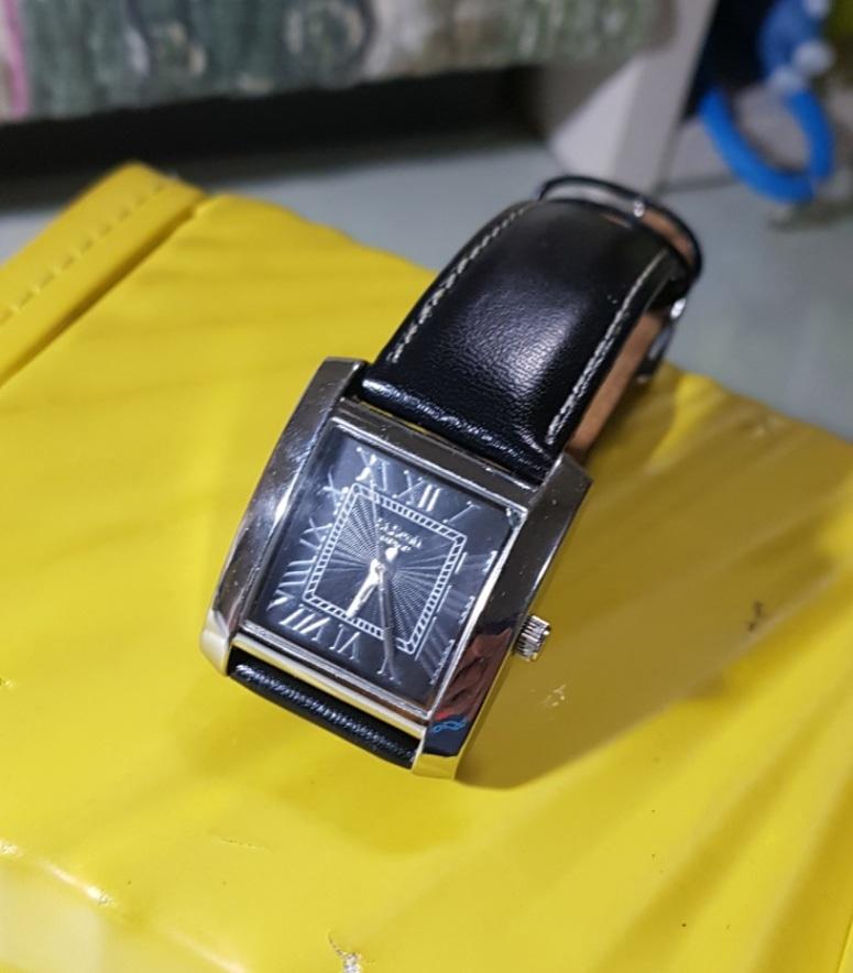 세인트스코트 사각시계