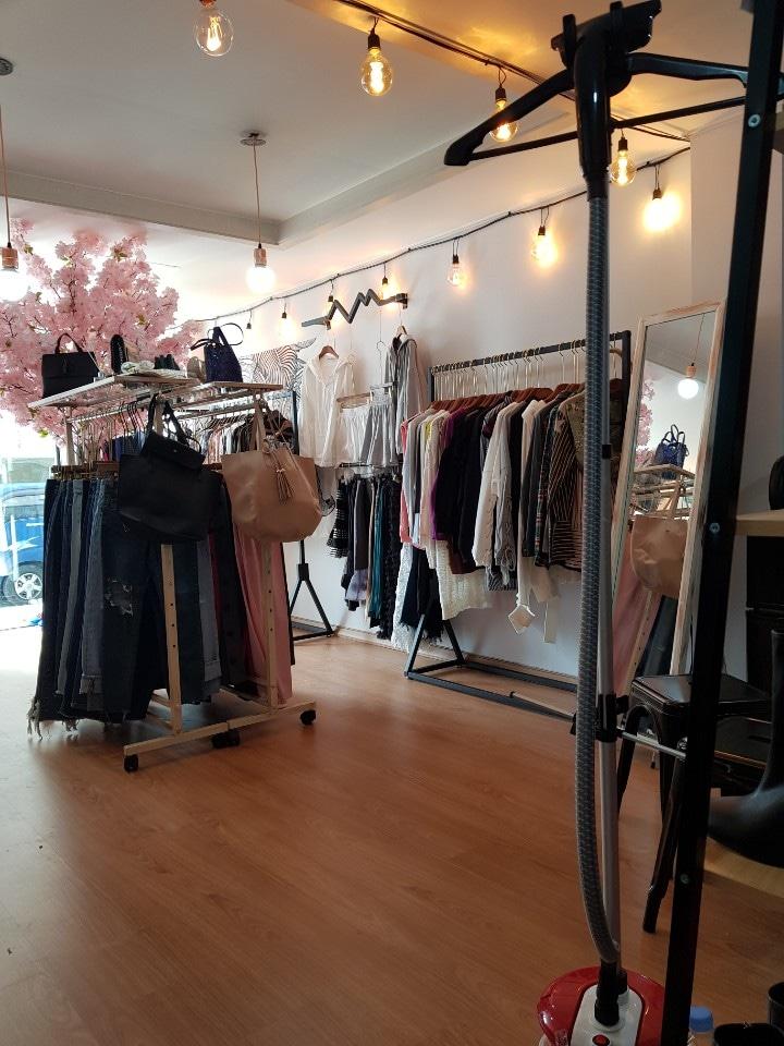 여성복중도매 매장