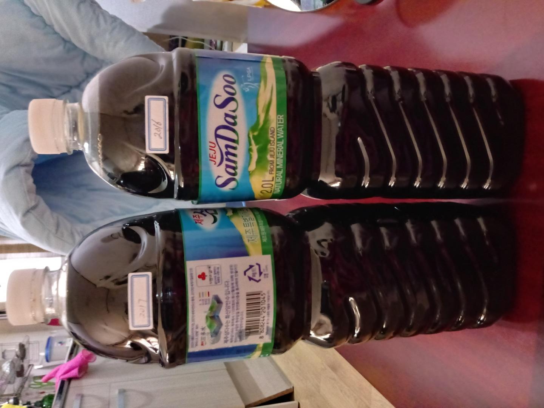 흑설탕으로담은 매실액기스입니다 흑설탕 여성분들한테 좋으신것잘아시지요 개당가격이래요