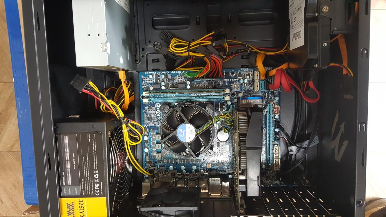 컴퓨터 본체 i7 2700 컴퓨터 팝니다.