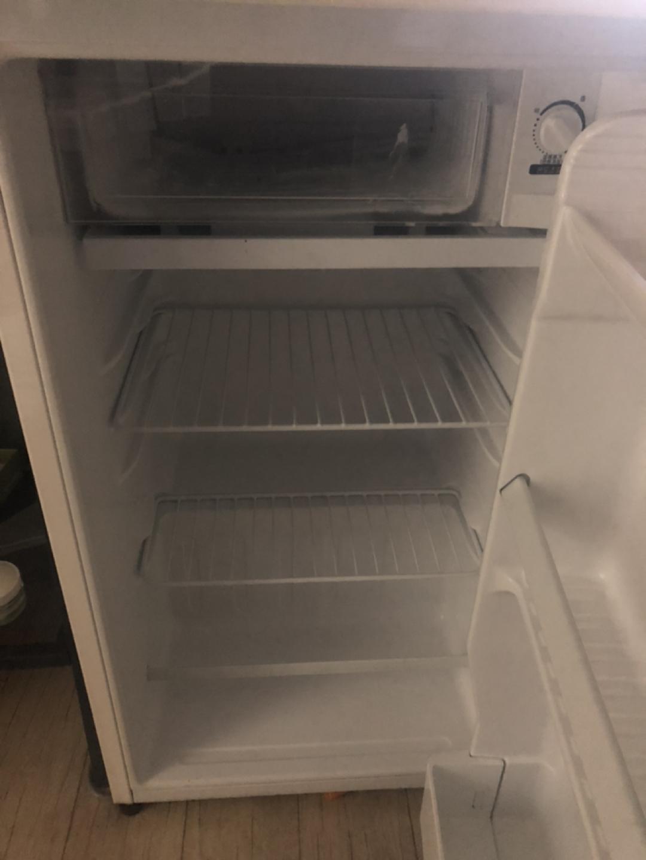 미니 냉장고 입니다😊