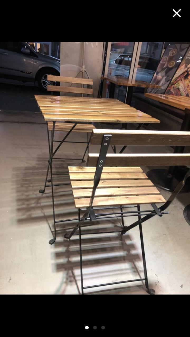 접이식 야외용 탁자와 의자 (2set있어요)