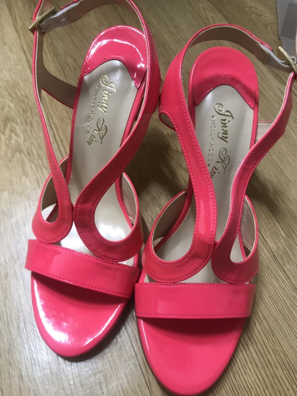 지니킴 핑크색 샌들 새상품 !!!! 가격인하 😍😍