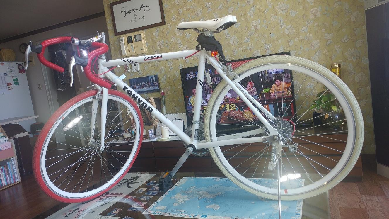 [자전거] Tonyon 로드 자전거 팝니다