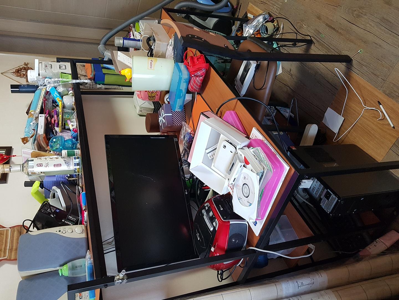 무료나눔 2인용 책상과 컴퓨터책상