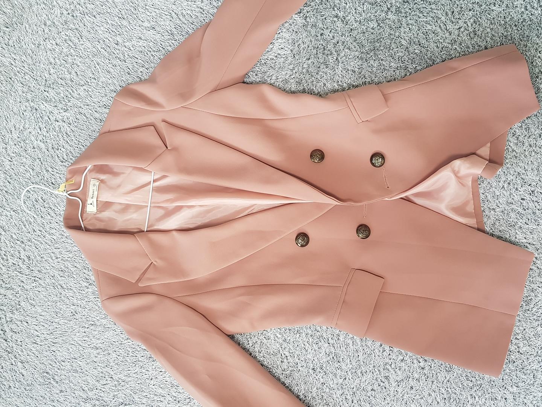 예쁜 살구빛 봄자켓