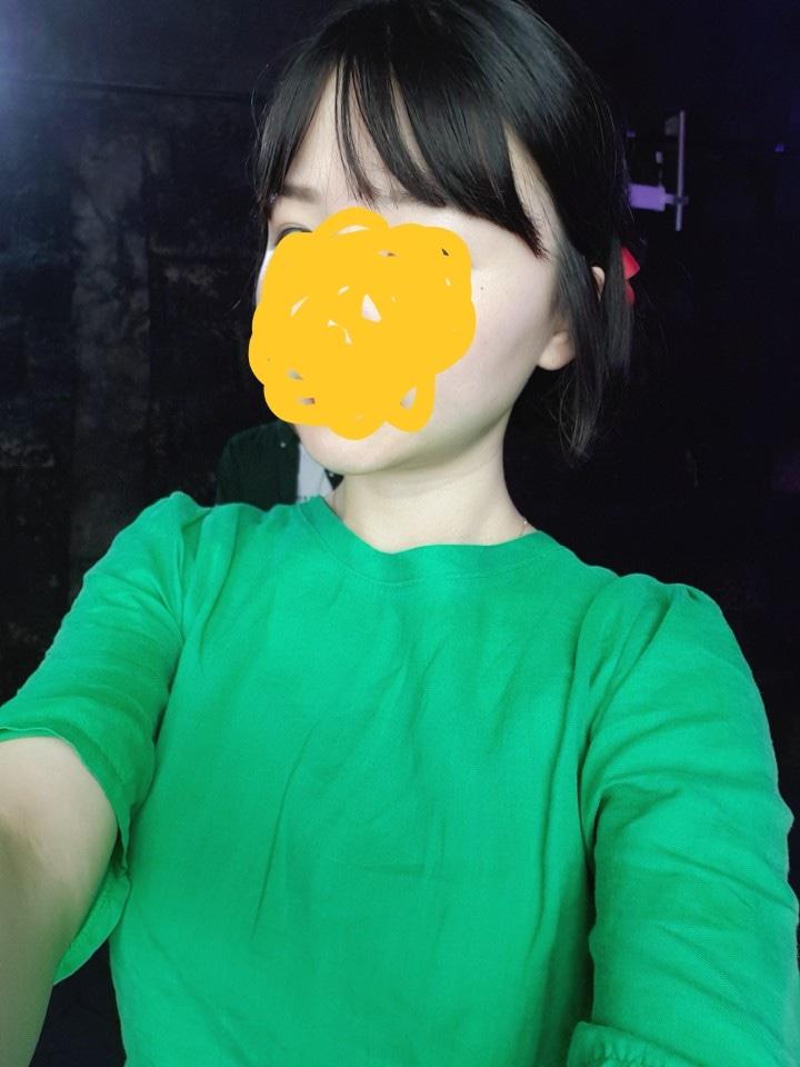 택포 만원) 초록 블라우스(여름)