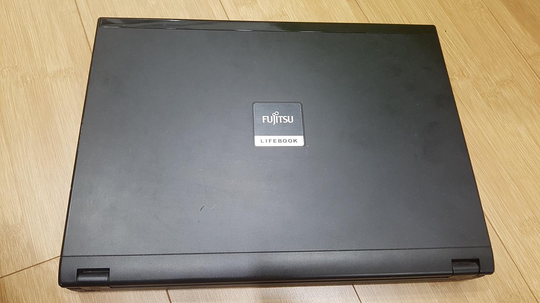 후지쯔 라이프북 S6510