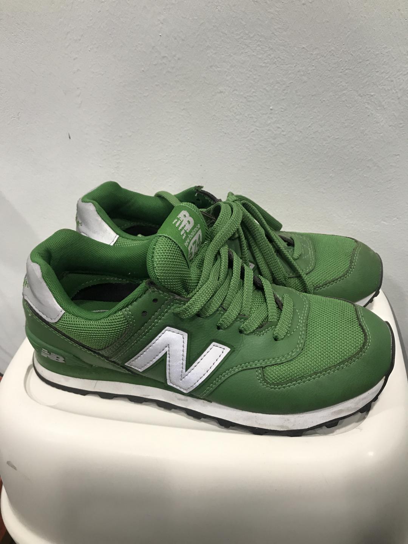 뉴발란스 초록 운동화 나눔. 250mm
