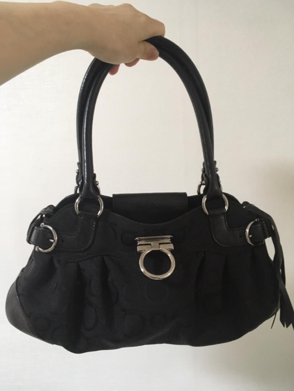 페라가모 가방, 정품 핸드백