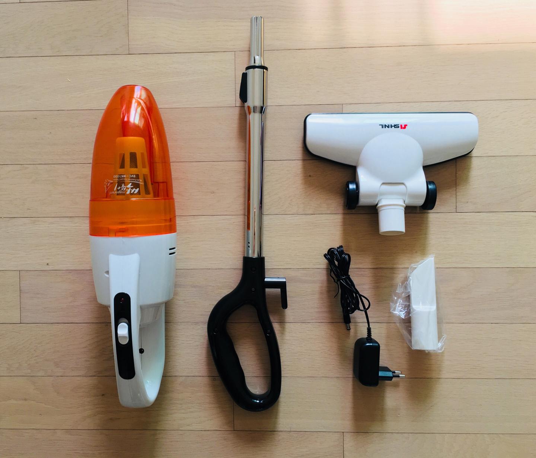 신일 무선청소기 / 핸드스틱 청소기 (거의 새것) SVC-WK1000