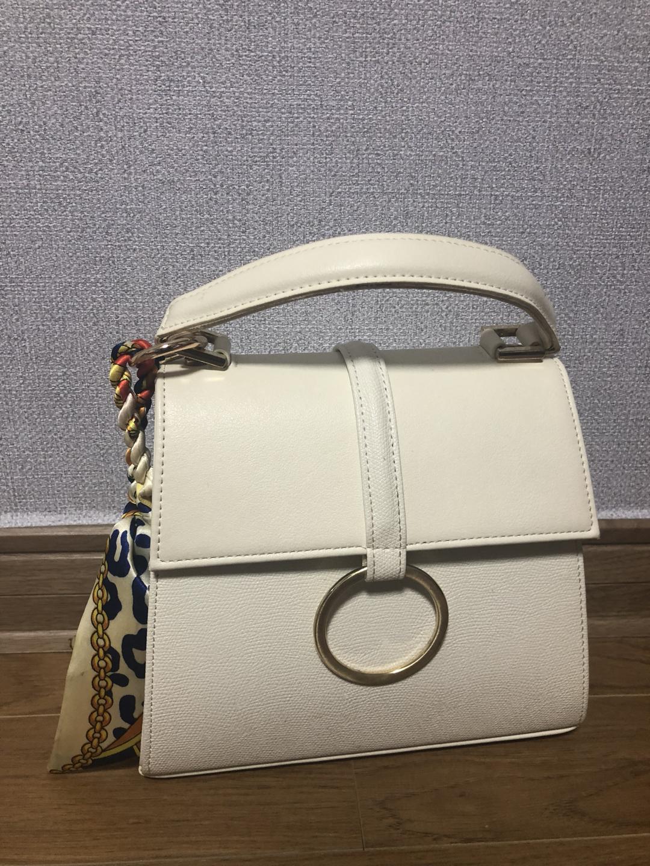 백참 포함 토트백. 봄 여름 고급스러운 가방