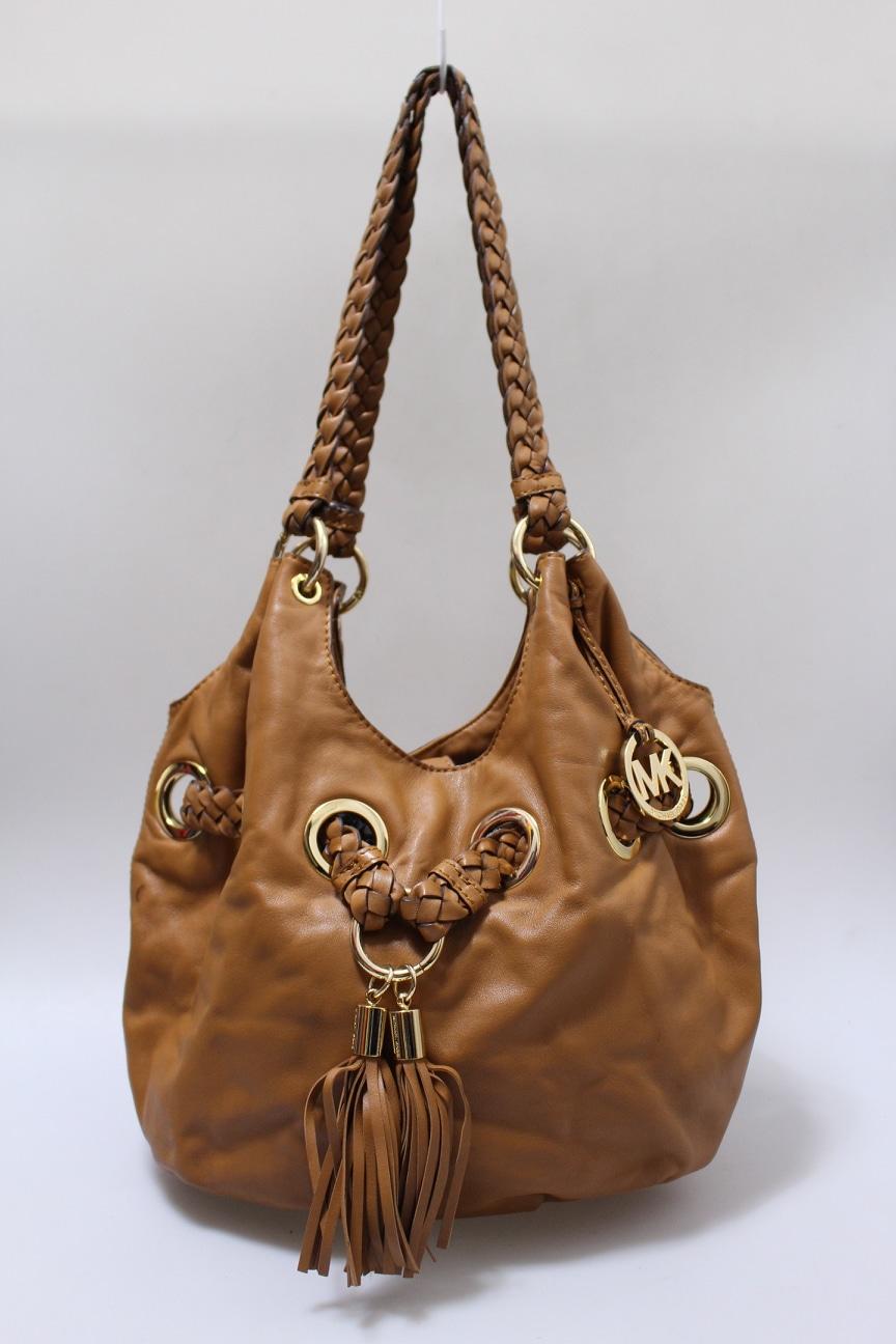 (정품)마이클코어스 MK 브라운 테슬장식 복주머니백 버킷백 숄더백 가방