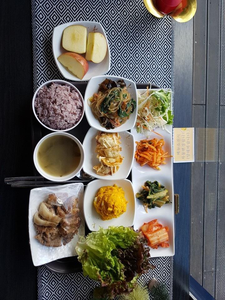 5000원 무제한한식뷔페 이호식당