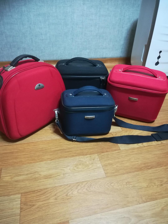 화장품가방(우측 빨강남음)