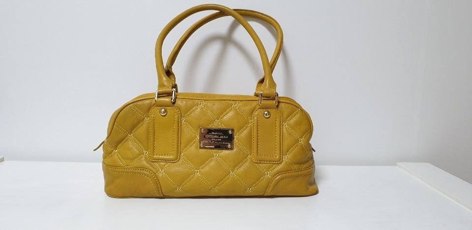 강남 롯데백화점 구매했던 노란 가방 판매합니다