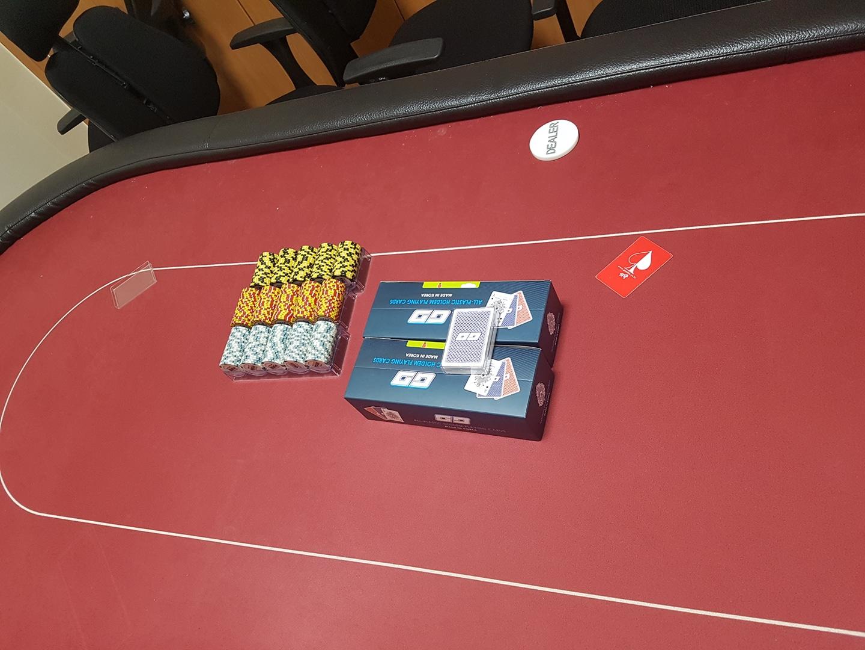 홀덤 테이블및 카드 의자 칩