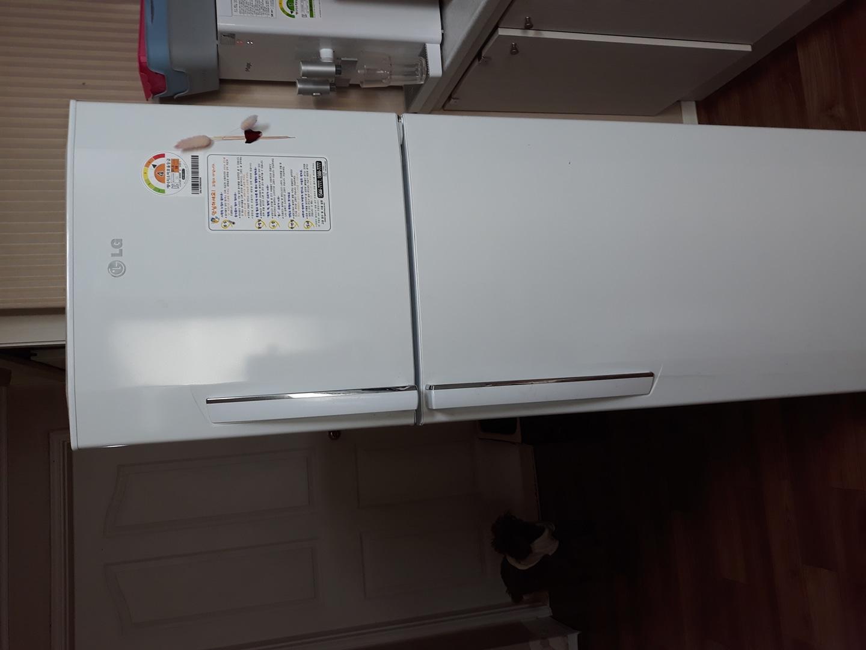냉장고  깨끗해요
