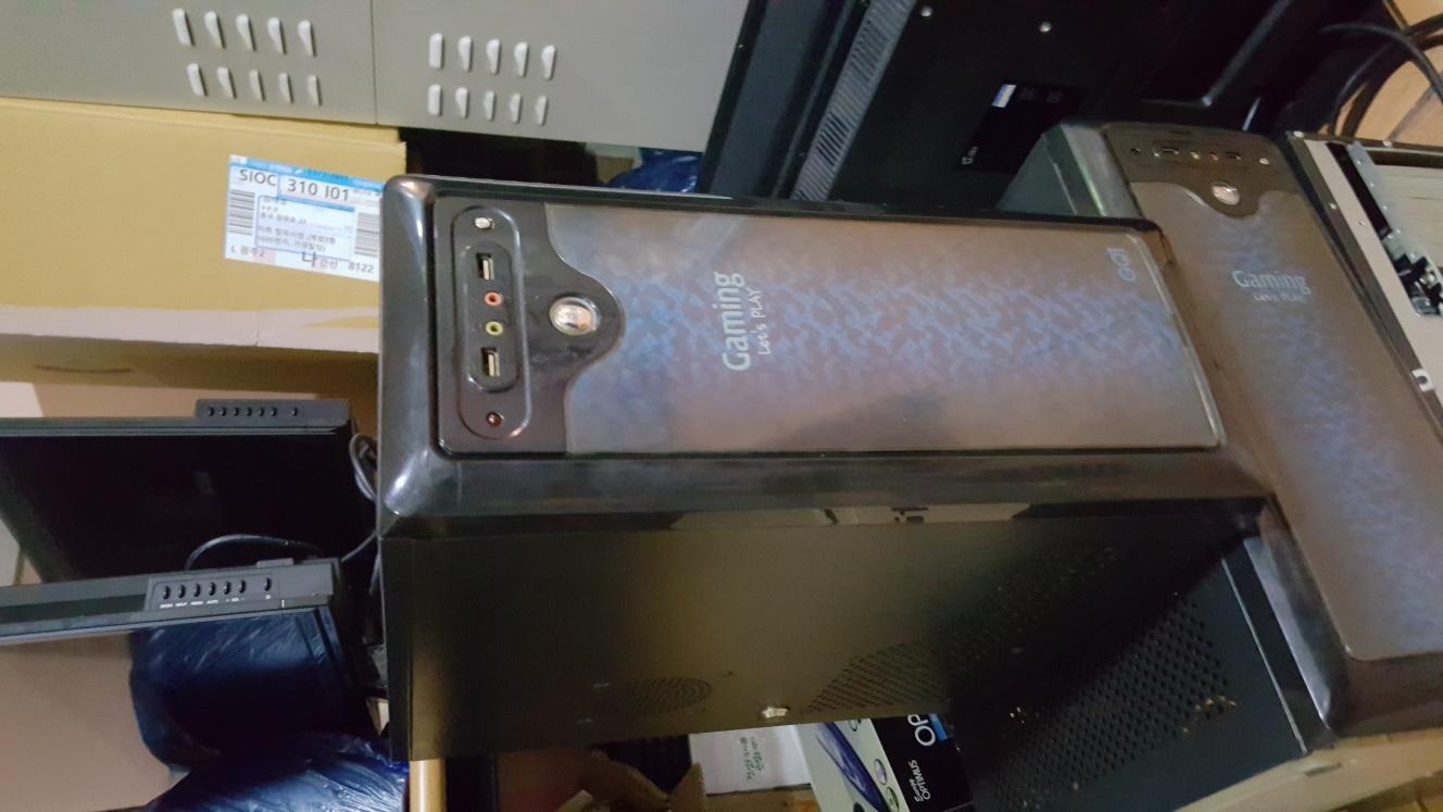 i5-2500 메모리 8기가 그래픽 560 ssd120팝니다 그래픽 카드960장착시 5만원추가  가능요
