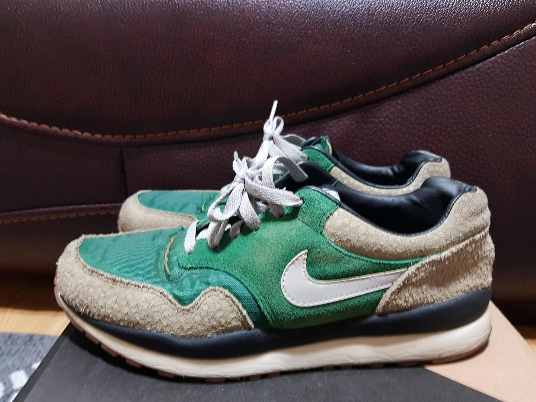 나이키 볼텍스 신발 판매합니다~!