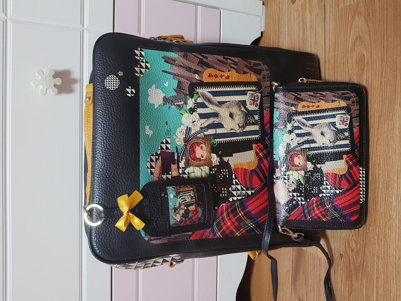 목줄지갑추가) 아트피버 정품 가방,지갑,키링,목줄지갑 4종세트 판매합니다~ 정가가방만 249000원짜리