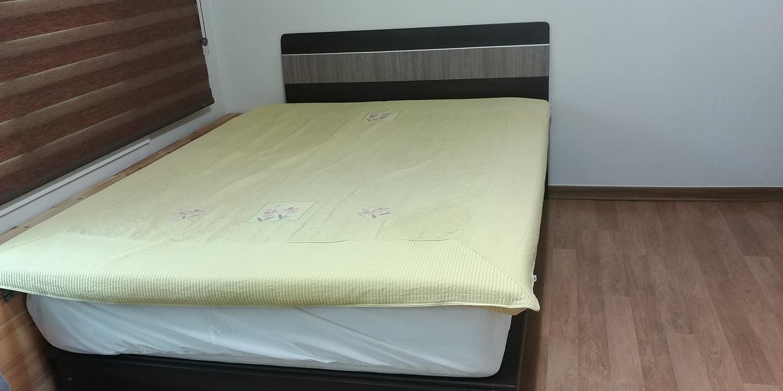 퀸 더블 침대