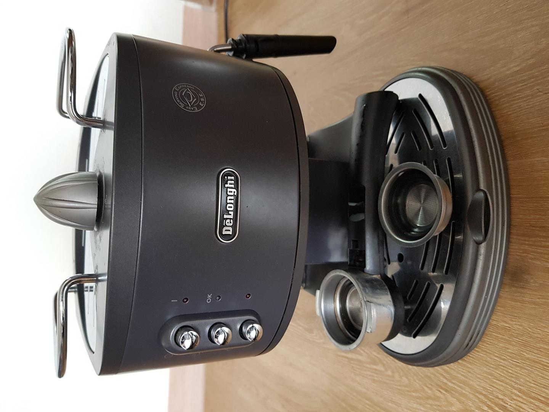 DeLonghi 드롱기 커피머신 EC300M
