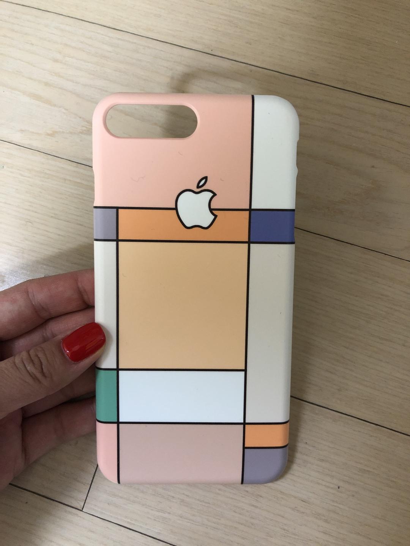 🌱아이폰8+ case