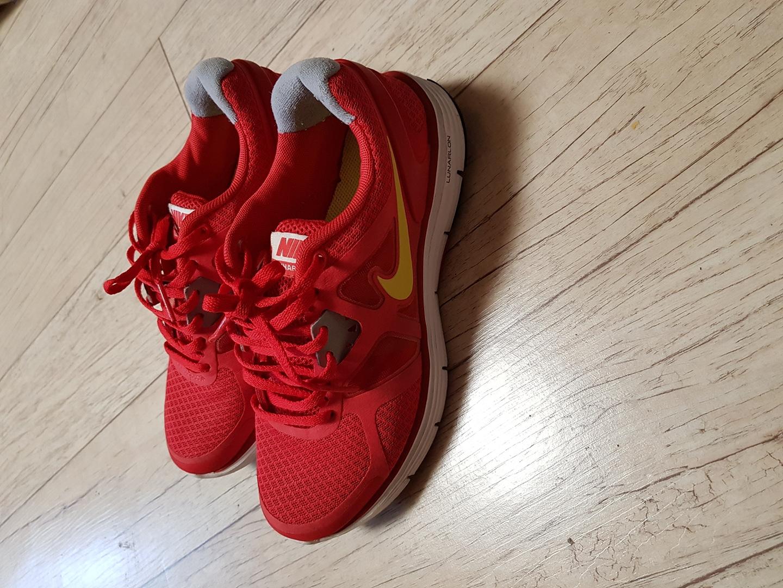 나이키 루나글라이드 신발