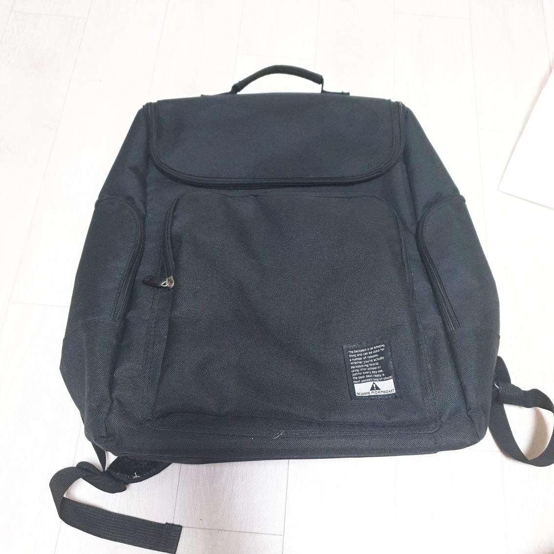 가격낮춤) 심플 검정 가방 백팩