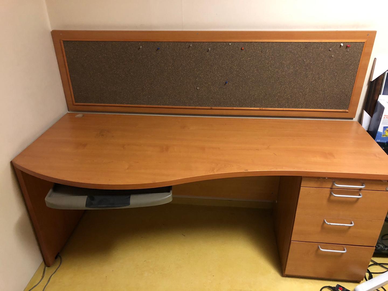 책상 판매합니다 (사무용책상, 공부책상, 컴퓨터책상)