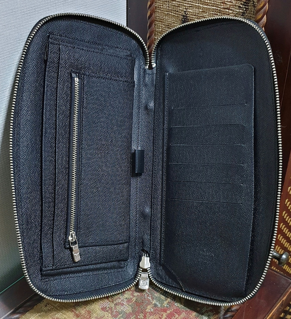 남녀공용 타이가 가죽 서류지갑 다용도지갑 클러치 파우치 통장지갑 여권지갑 휴대폰지갑