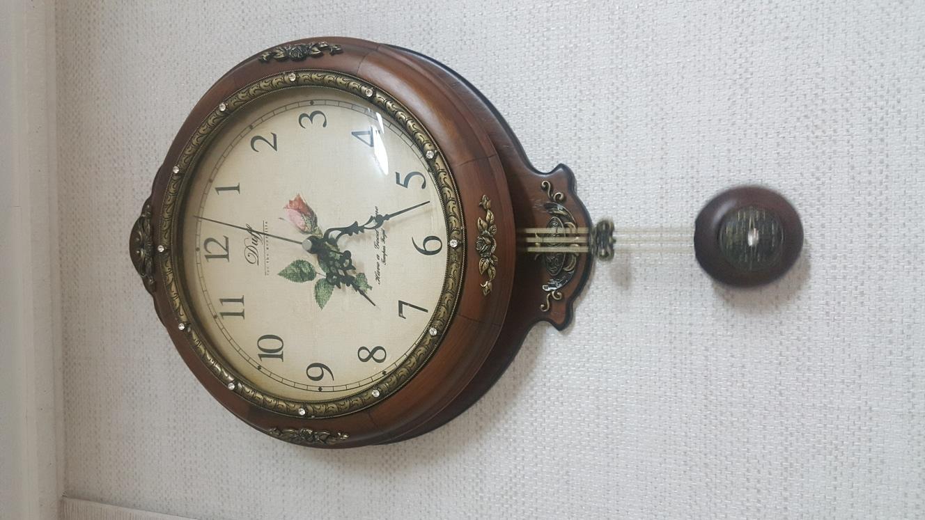원목 추 시계