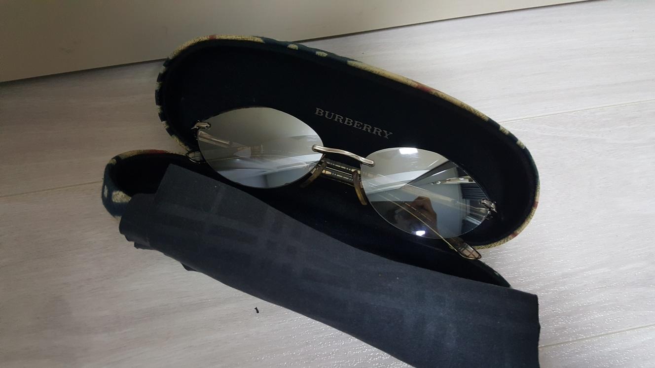 버버리 썬글라스