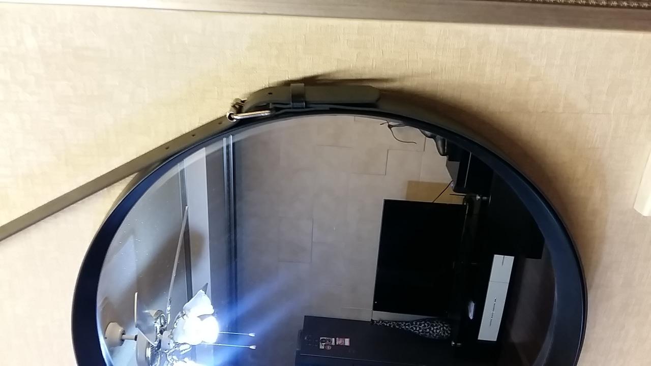 디스플레이 거울