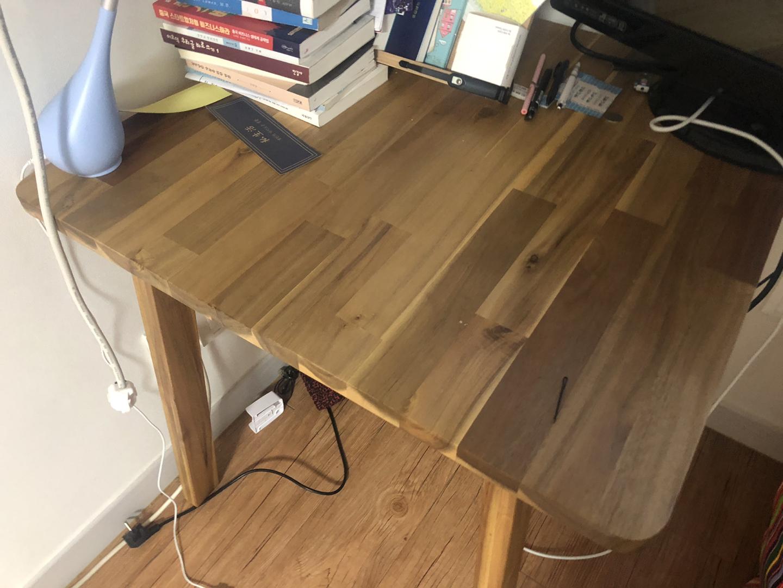 식탁 책상 사용 가능한 테이블