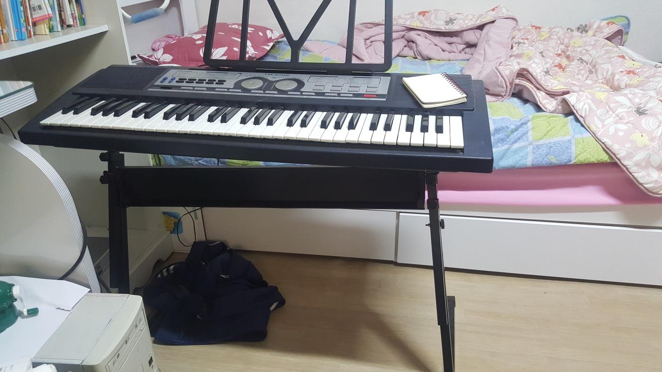 전자 피아노 필요하신분 쳇 주세요