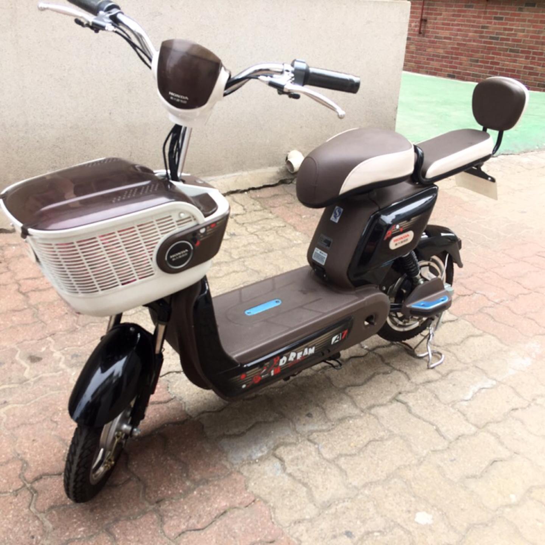 혼다 전기자전거 팝니다. Honda A7