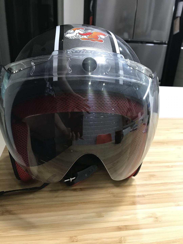 아끼는 바이크 헬멧 반모 싸게 팝니다.