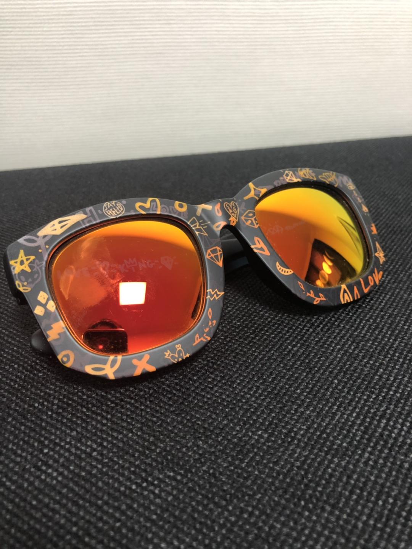 여성 선글라스