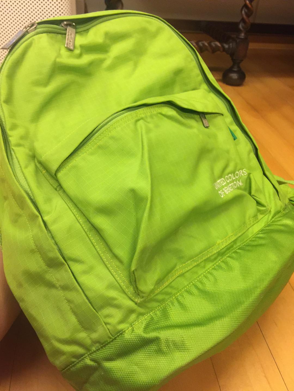 베네통 backpack(back sac )