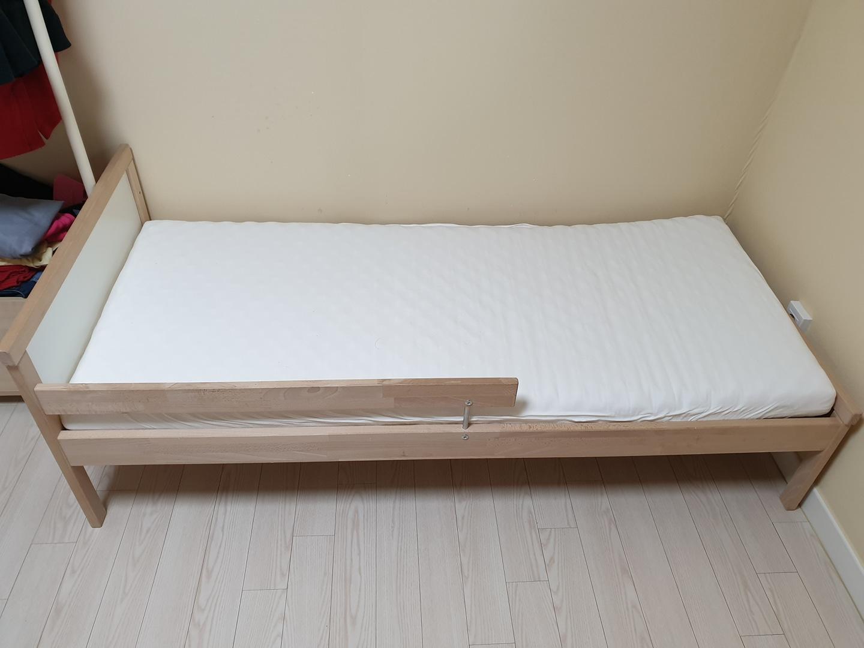 이케아 아동 침대 (무료)드립니다