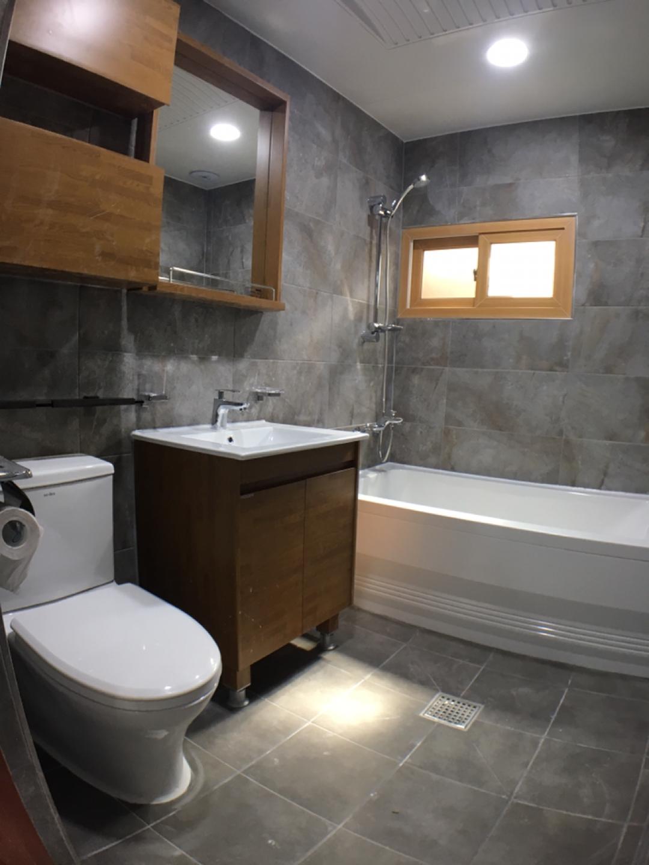 욕실 리모델링 초특가 120만원부터~ 욕실엔 타일