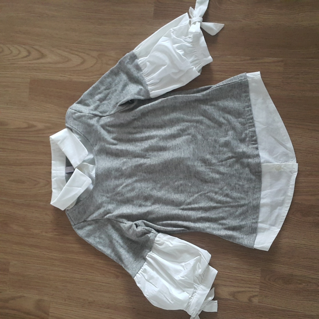 벌룬소매 티셔츠