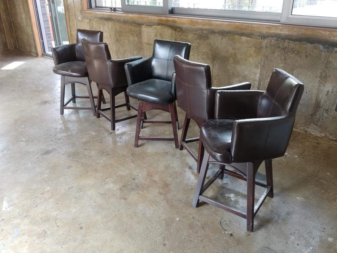 의자 5개