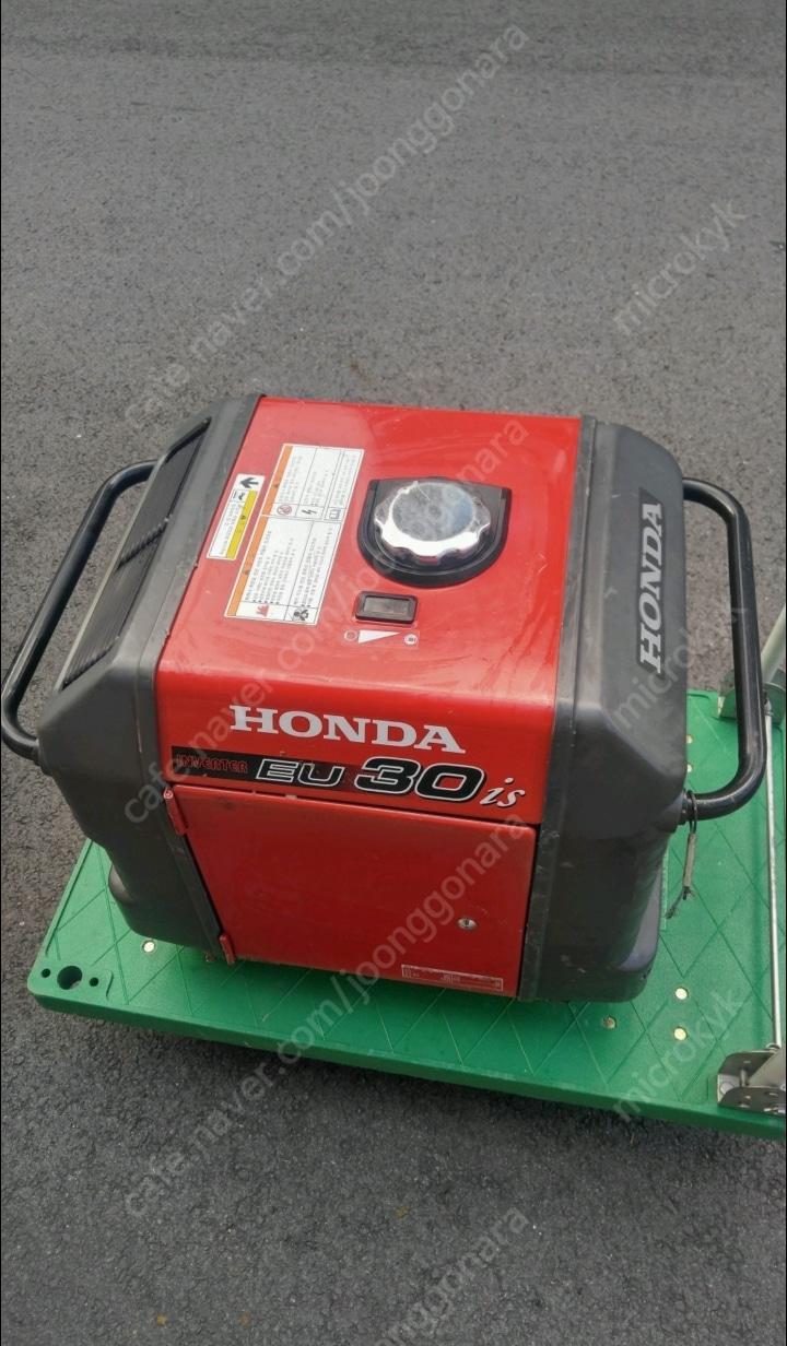 HONDA 혼다 발전기 eu30is 캠핑용발전기