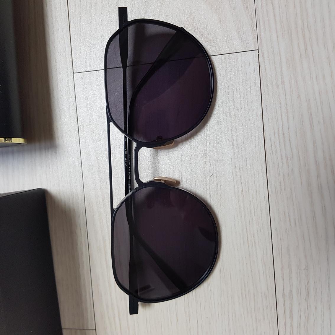 베디베로 선글라스 VV701 블랙 팝니다
