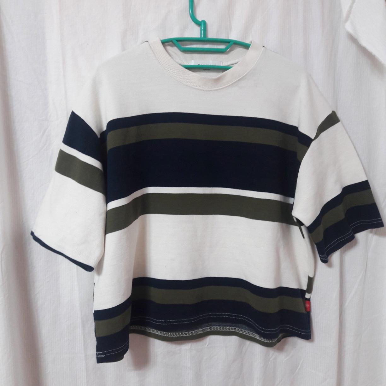 카키스트라이프 티셔츠