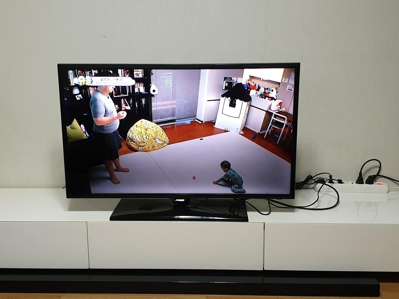 삼성 40인치 2015년 3월제조 LED TV 입니다